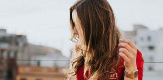 Kłopoty z przedłużanymi włosami – jak ich uniknąć?