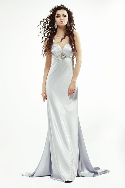 uszycie sukienki