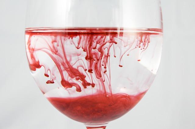 ile krwi traci sie