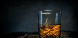 Grain whisky – co wyróżnia spośród innych odmian szkockiej?